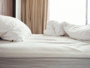 Unterschiedliche Bettlaken – die Vorteile von Spannbetttüchern